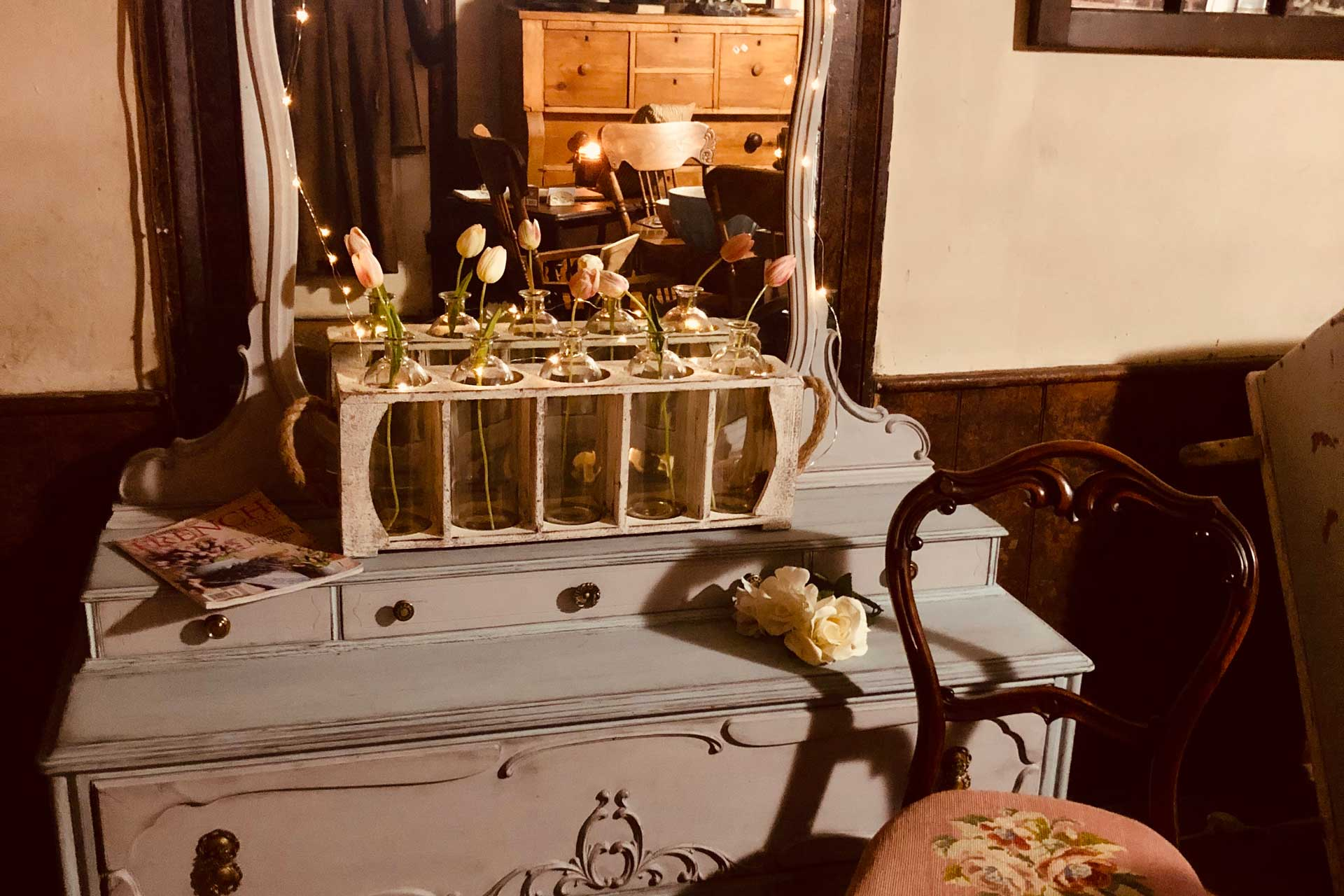 Antique Store in Kemptville, ON - Vintage Items | Country ...