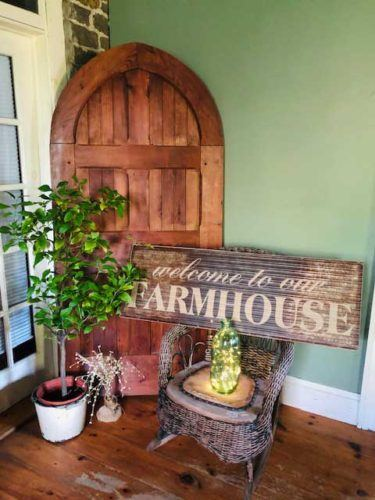 farmhouse sign and door